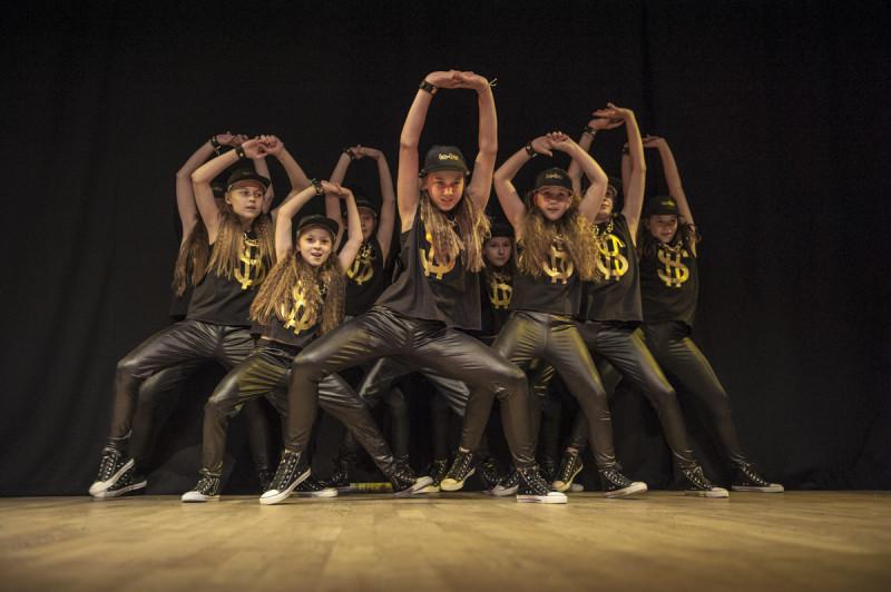 pokazy taneczne dzieci